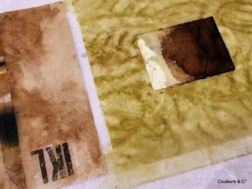 papiers travaillés au pastel gras et au brou de noix
